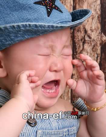 婴儿哭 素材
